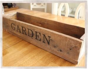Garden pallet box Angled