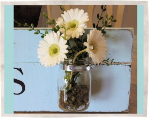 Fresh Cut Flowers Sign with Mason Jar 2