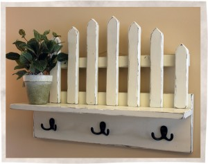 Picket shelf fence side